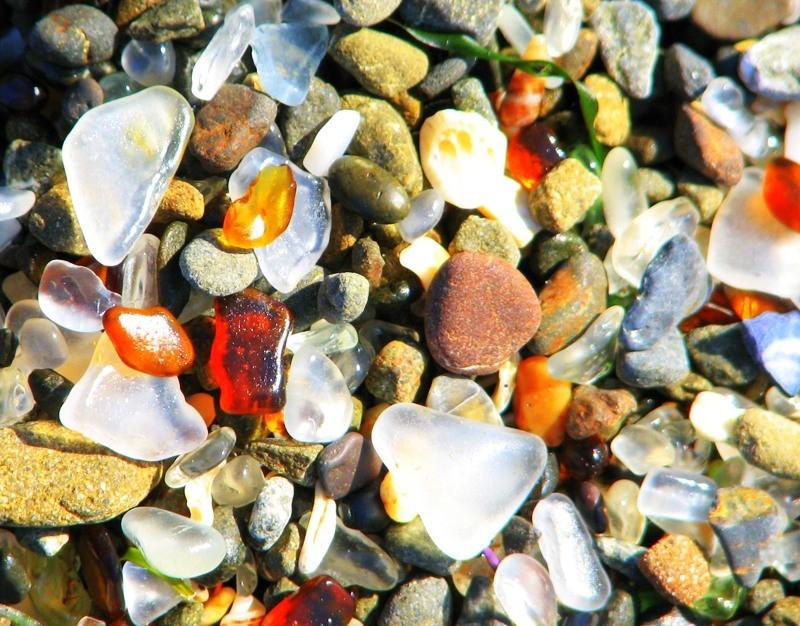 Стеклянный пляж Калифорнии картинки