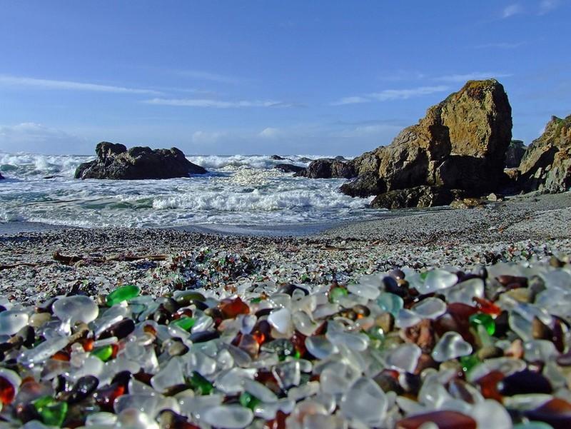 фото Стеклянный пляж Калифорнии
